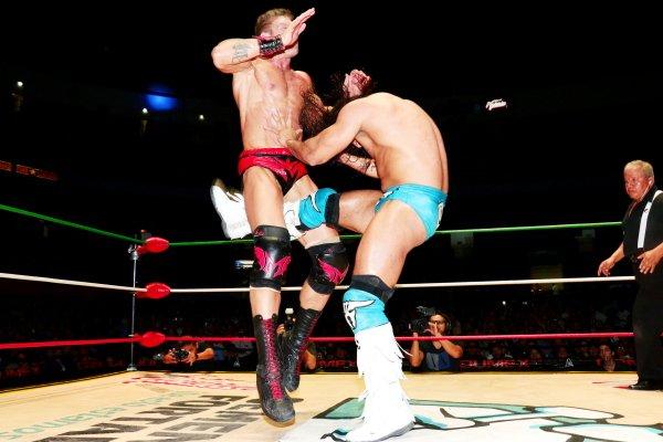 CMLL: Una mirada semanal al CMLL (del 31 de marzo al 6 de abril de 2016) – Rush va por Corleone, Bucanero retiene en aniversario de la Coliseo, Esfinge se lleva la Gran Alternativa, LA Park en Elite y mucho más... 4