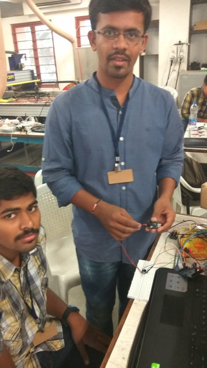 @vatsalnshah Displaying his amazing Door sensor for Fablab  #fablabcept #GenuinoDayAhmedabad #AEFest #geunioday https://t.co/8ihyowRoIO