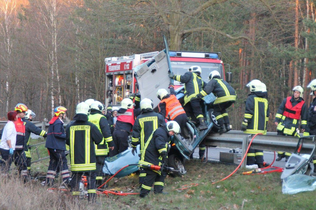 Unfall Stunden : Hoyerswerda Bernsdorf Unfall Stunden
