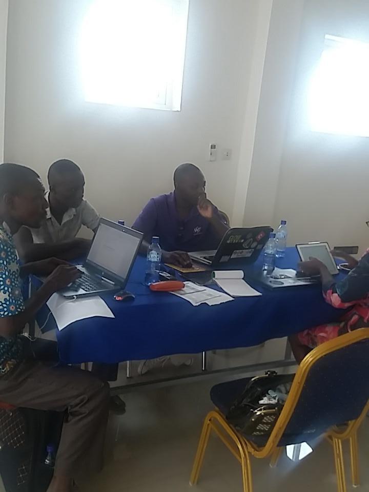 Quelles stratégies de promotion de l'application #NENDO2? Réflexions du groupe communication. @y_jus  @mbakatre https://t.co/tXwaZQ29OL