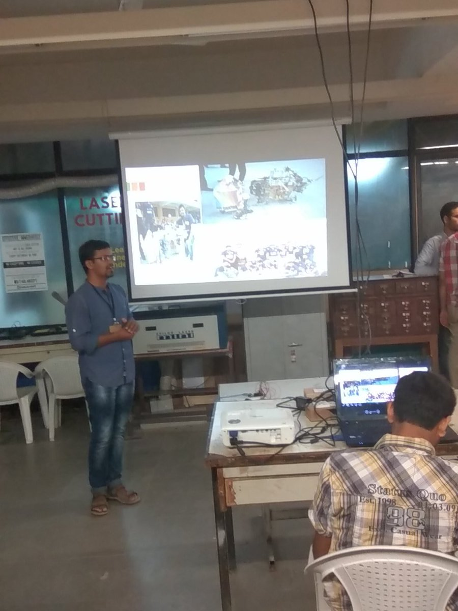 @vatsalnshah explaining his IOT container  #fablabcept #GenuinoDayAhmedabad #AEFest #geunioday https://t.co/2Fs9WXaoGk