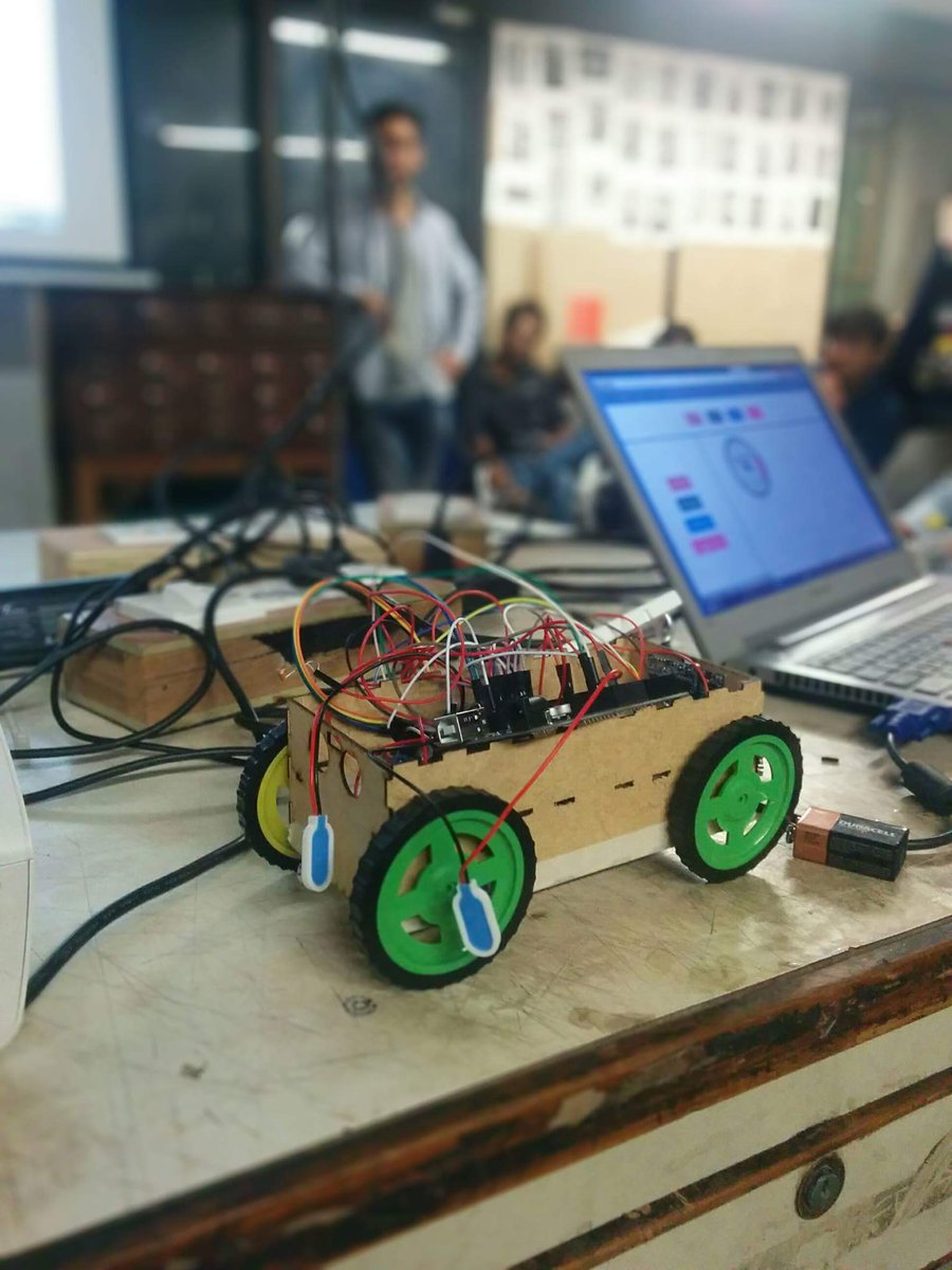 Street Road review system  #fablabcept #AEFest #genuinoday https://t.co/63DwxttRpT