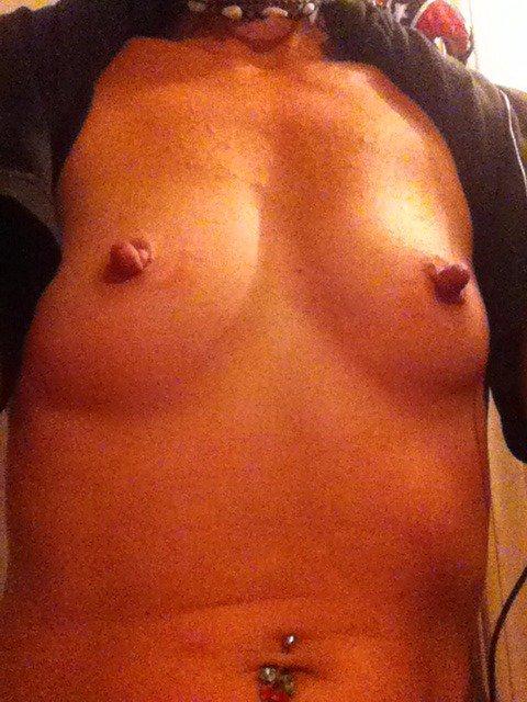 Nude Selfie 4393