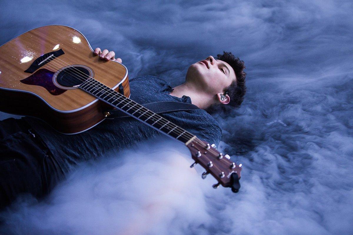 Картинки о любви и с гитарами