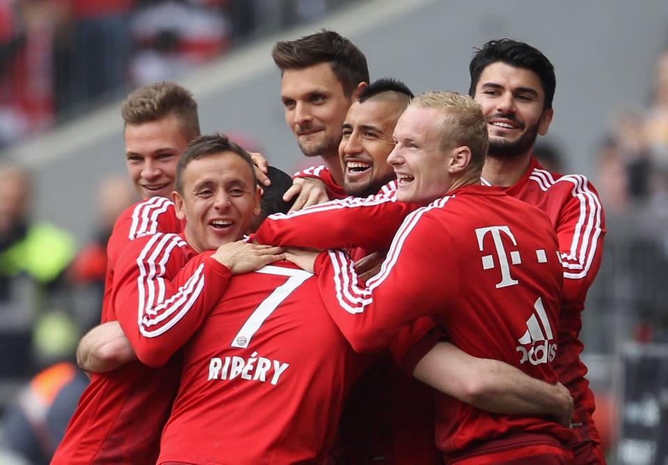 [7] [Mittelfeld] Franck #Ribéry  - Page 24 CfEflDbWQAAFYPE