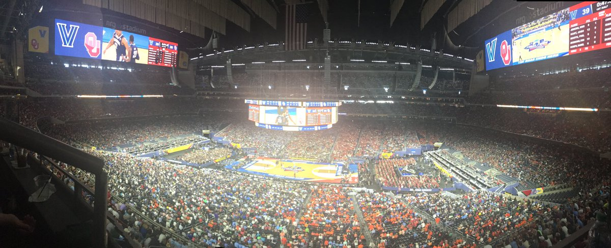 Tell me why the players can't receive a small percentage again @NCAA ???? Attendance is ridiculous #Finalfour https://t.co/vpU3nUqSPp