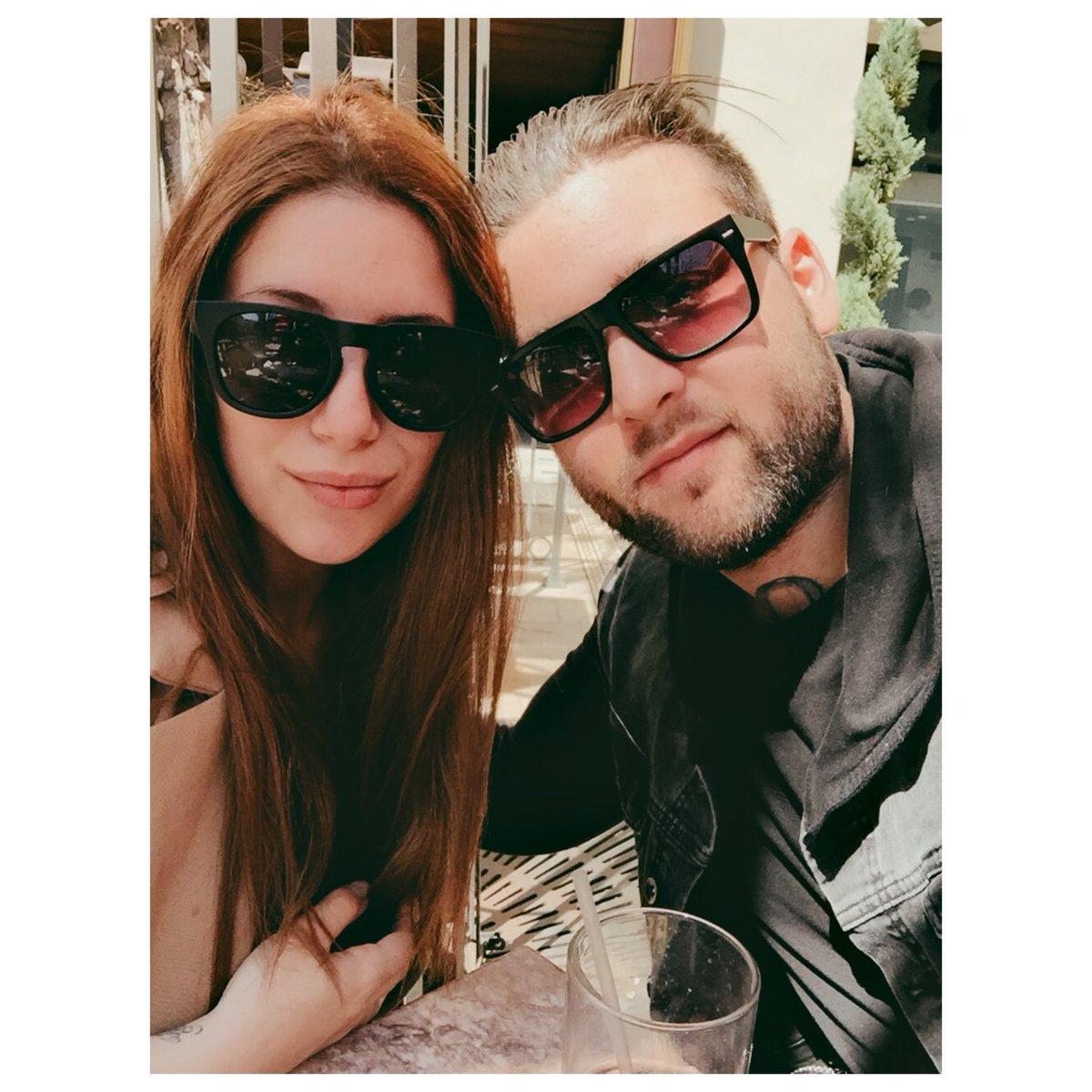 Weston Cage dating
