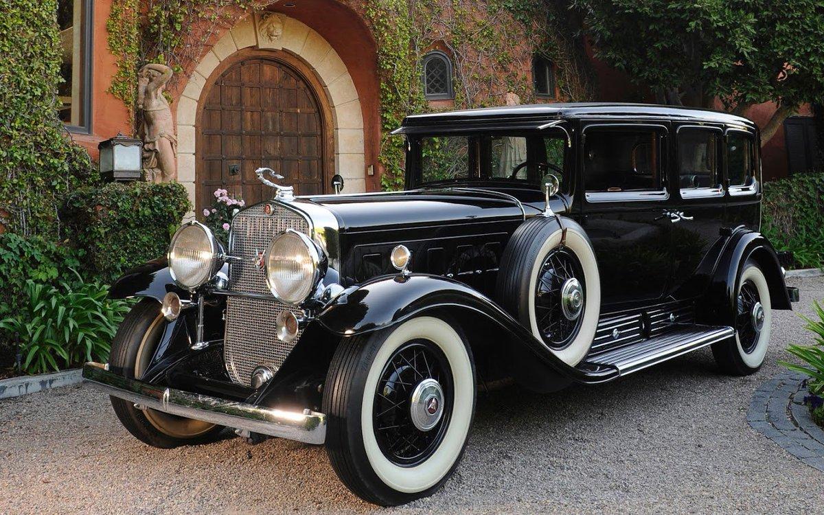 Cadillac V16 1930 #vintagecars #oldschool #Cadillac #CarLove https://t.co/AtxkNHVHpB
