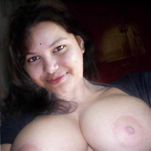 Nude Selfie 4420