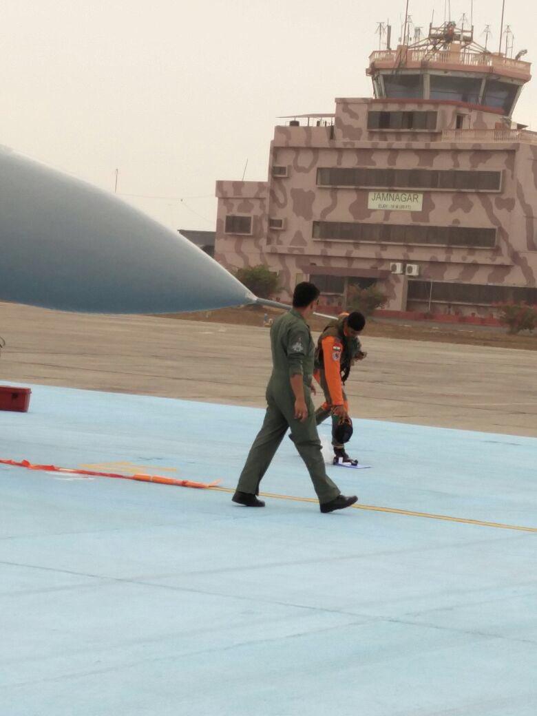 Indian Air Force (IAF): News - Page 8 CfGlhcBUUAAZuez