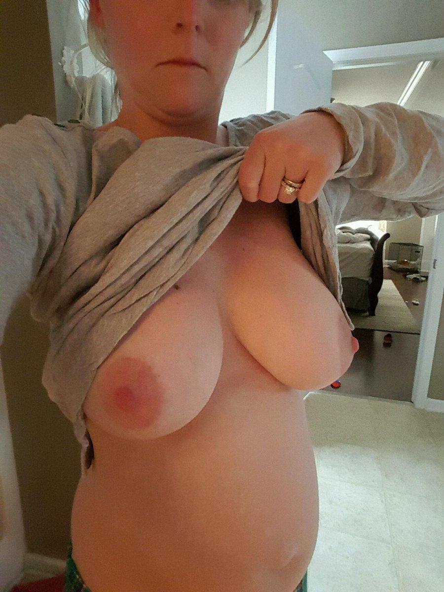Nude Selfie 4438