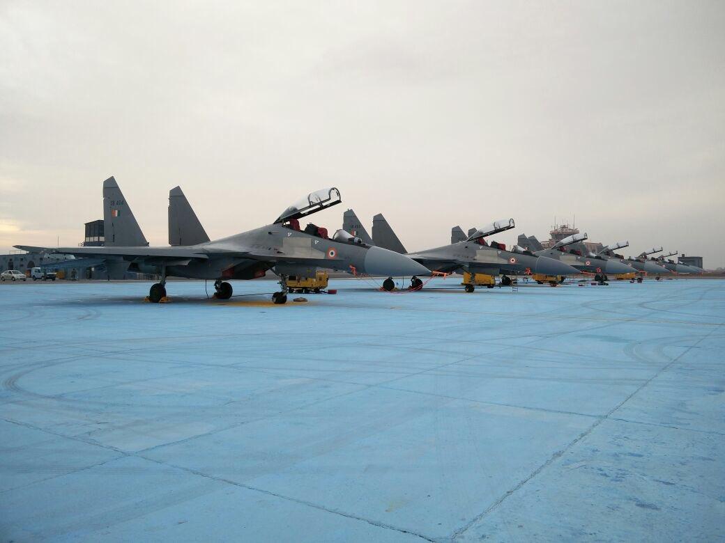 Indian Air Force (IAF): News - Page 8 CfGnuw0UkAAfbzg