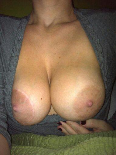 Nude Selfie 4445