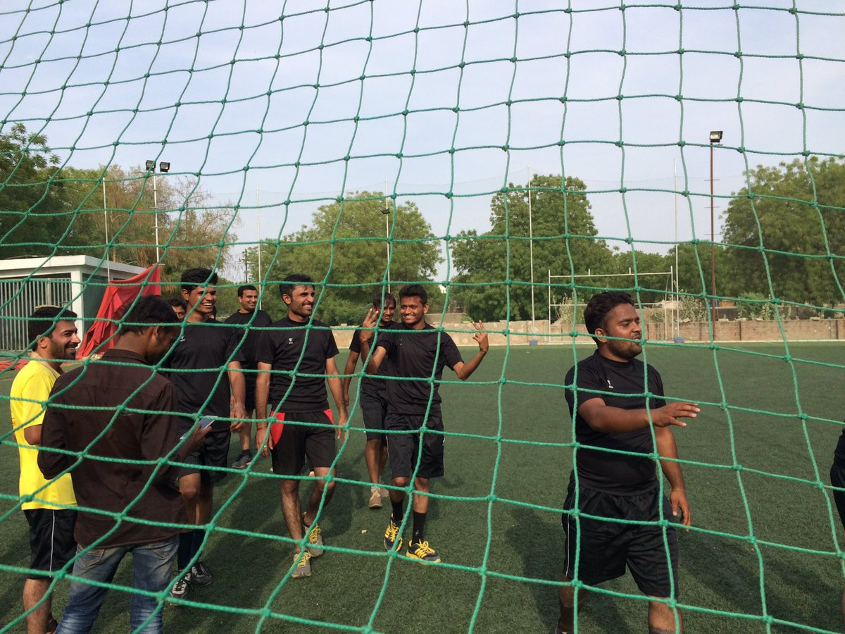 The winner is team @9splgroup Good game by  team @ConverzaApp #TweetPlayBurp #futsal #startups #ahmedabad #AEFest https://t.co/1f4n5VmY7y