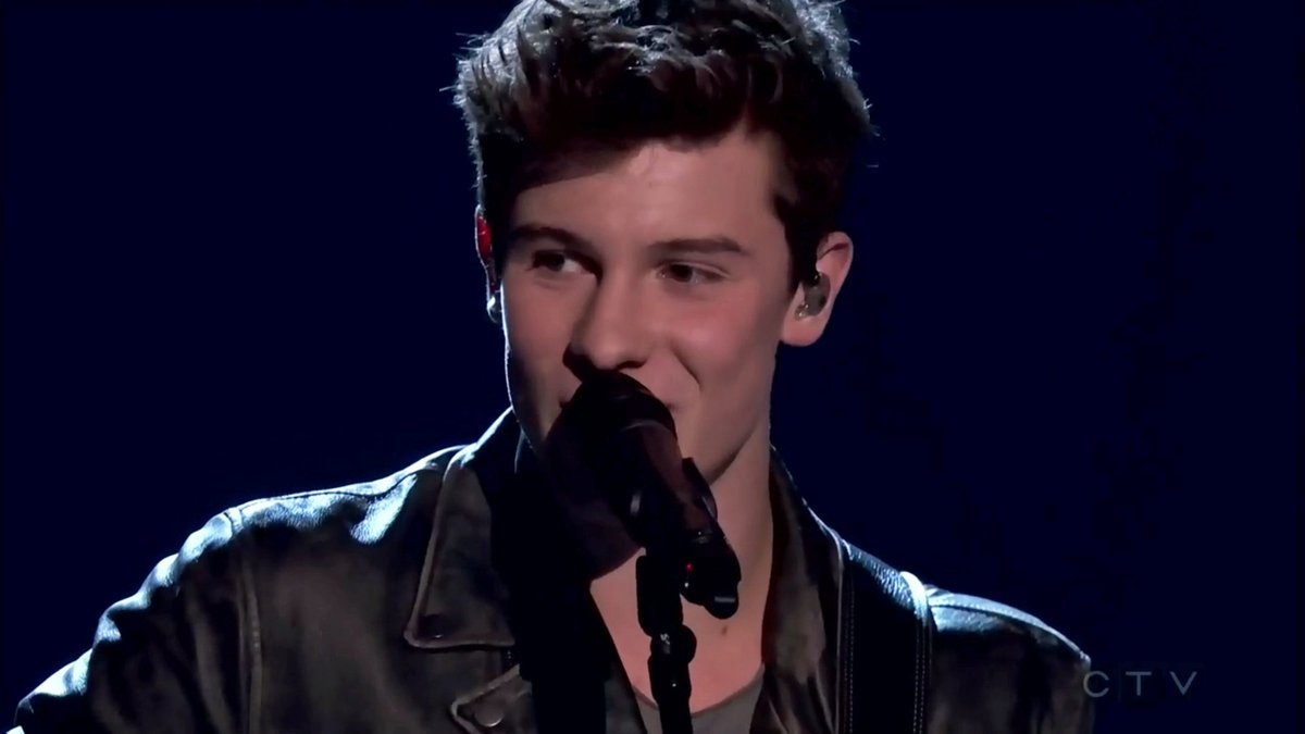 .@ShawnMendes' AMAZING #JUNOS performance will blow you away! Watch: https://t.co/sDYiD7ns2L https://t.co/TtFxwVV3Y5