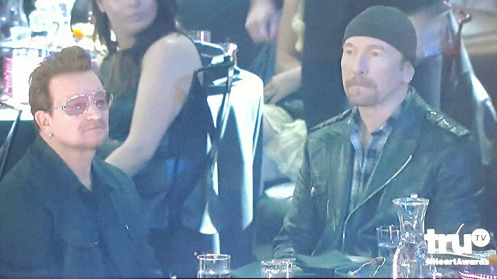 How I feel watching the #IHeartAwards tonight, perfectly captured by Bono and Edge https://t.co/tsNEJvWfLM