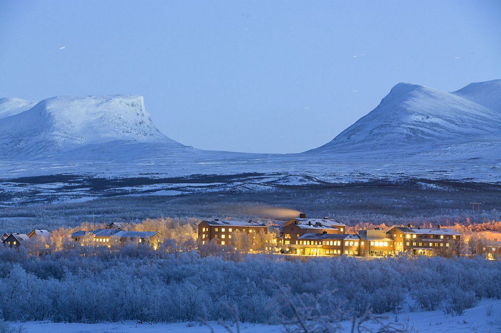 Excited! @CliC_cryosphere: #WWRP #WCRP Bolin- School on Polar Prediction, #abisko this week. https://t.co/OHxHrHZyoz https://t.co/YWwhwT2Xf4