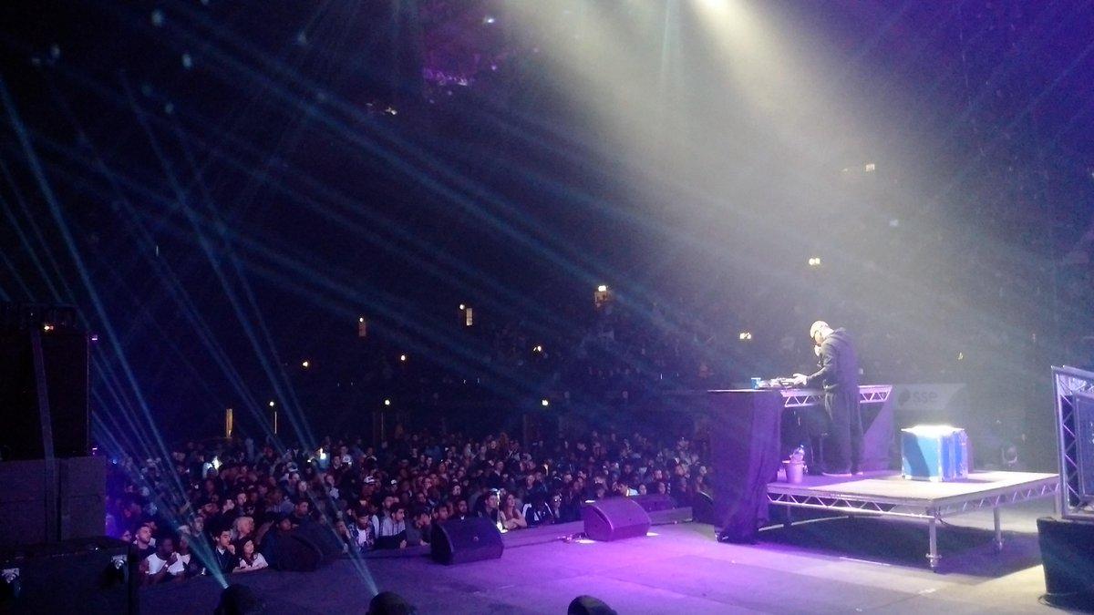 @DJIronik and @rickyrozay on stage @ssearena last night. https://t.co/nmNKzfiJ2D