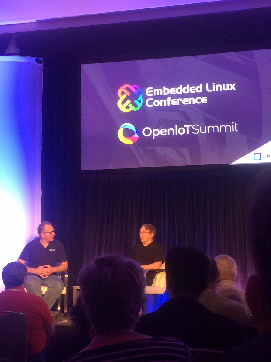Celebrating 25 years of Linux at #OpenIoT with Linus Torvalds. https://t.co/Bd3sQJsbry