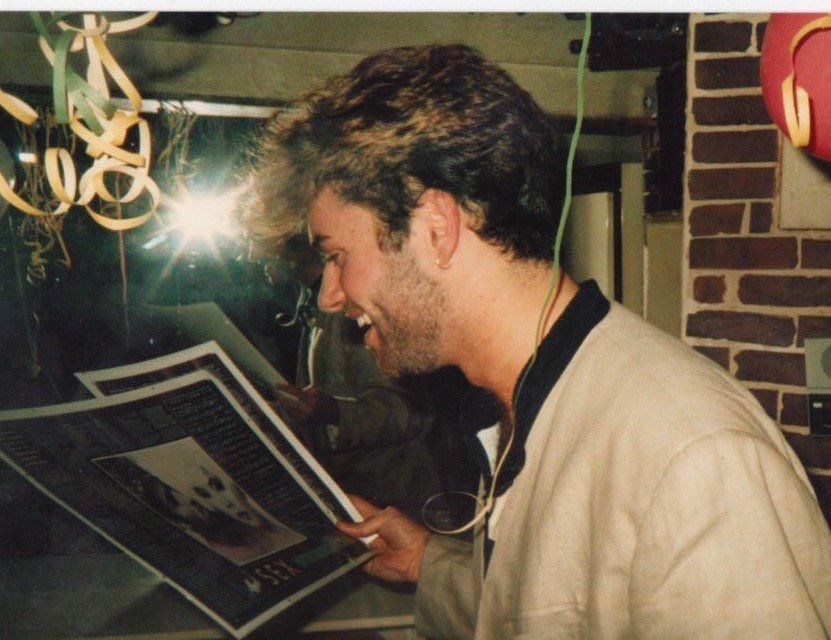 #37 @GeorgeMichael  reads his No.1 interview, '87. To support Just Got Lucky @unbounders  https://t.co/7FEocNXmmy RT https://t.co/65CmMirth6