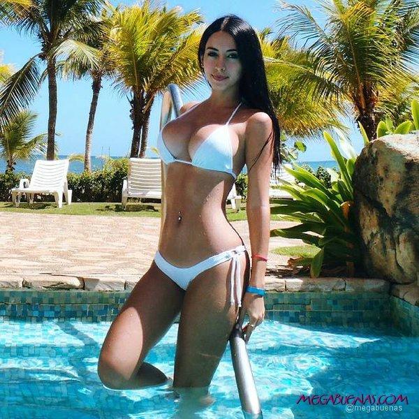 Maria Fernanda Padilla Nude Photos 43