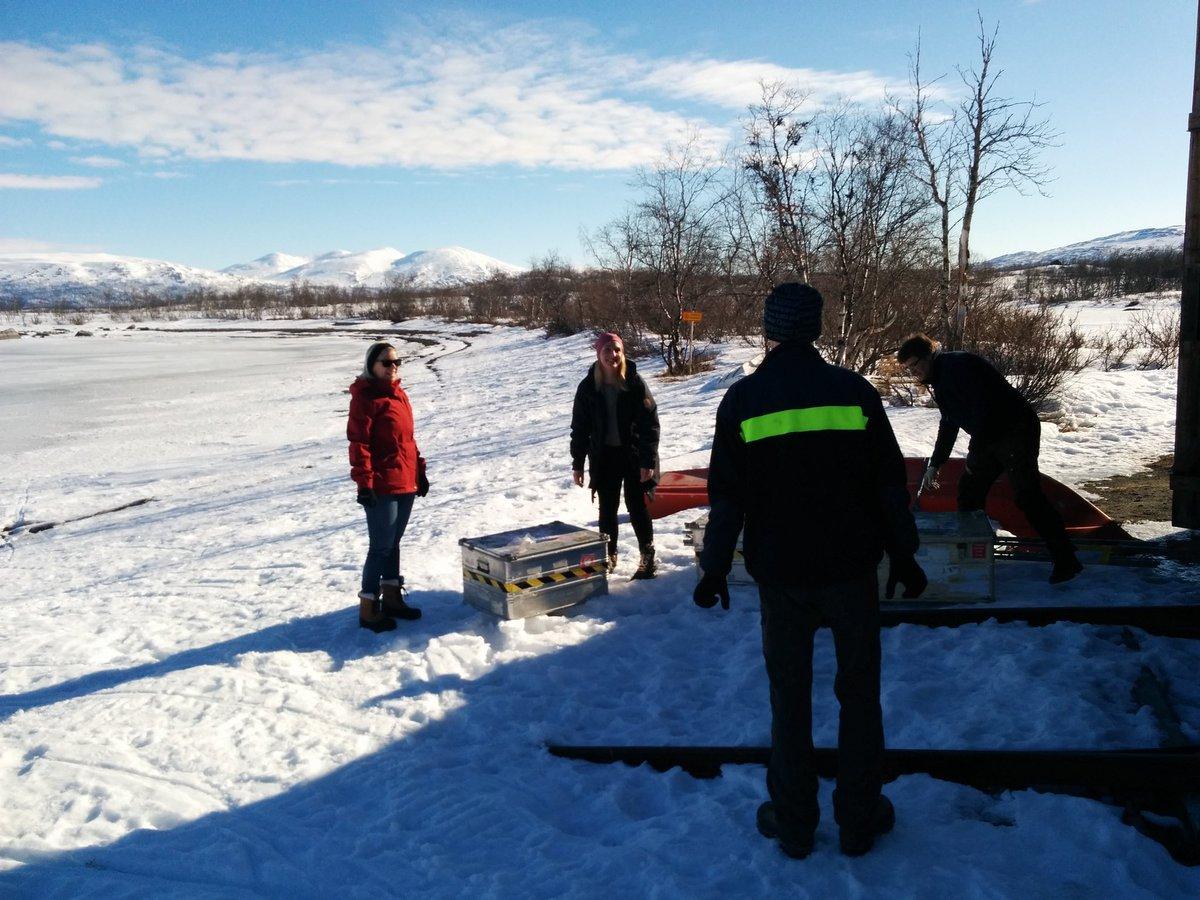 @IanMBrooks @vaderflicka and Gunilla preparing the #Abisko @polarprediction #pps2016 field site https://t.co/WORtHCKyMj