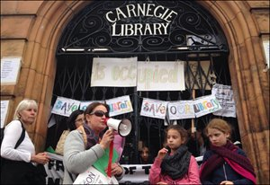 'Occupy #CarnegieLibrary': The #UK's Fast-Growing Crisis | @pressfuturist https://t.co/JV5SQtXWAv https://t.co/ySrHZ8RS4U