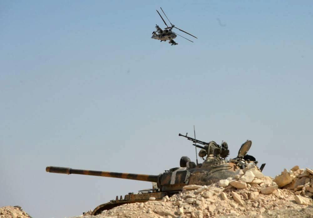 المروحيه الروسيه Ka-52  CfRrsJ7WQAITWDT