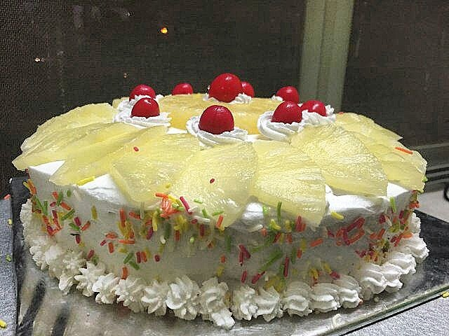 Archana S Cake On Twitter A Pineapple Cake Which Is Ideal For Any