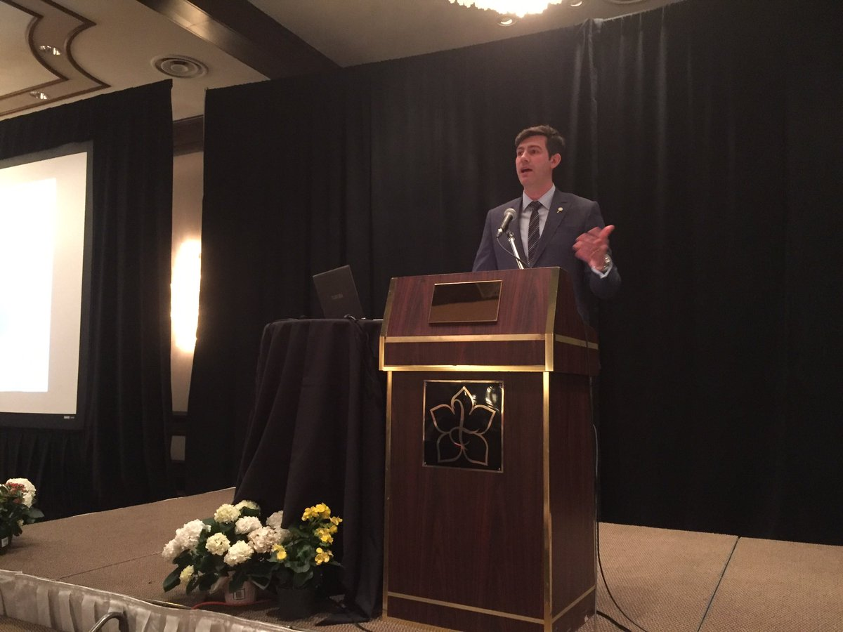 #MayorsPovertySummit begins with #Treaty6 and #MetisNationAB welcoming and @doniveson from #yegcc https://t.co/U91hw8gpdt