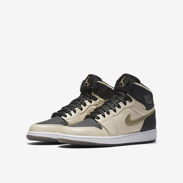 7fed23fc792e  NikeImages Air Jordan 1 Retro High Premium Pearl White Black Metallic Gold  832596-209 No confirmed release datepic.twitter.com JjMSZibZIj