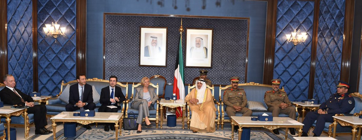 رسمياً: الكويت توقّع عقد الحصول على 28 مقاتلة يوروفايتر تايفون CfSvTJSUsAISJSS