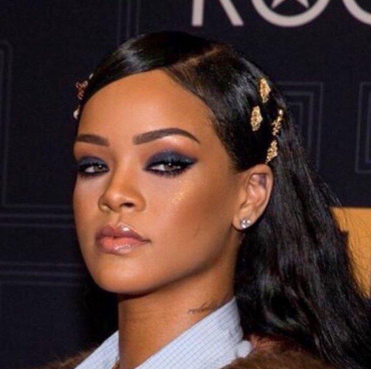 "Rihanna on Twitter: ""Watch @BlackGirlsRock on BET tonight at 8/7c. # ... Rihanna"