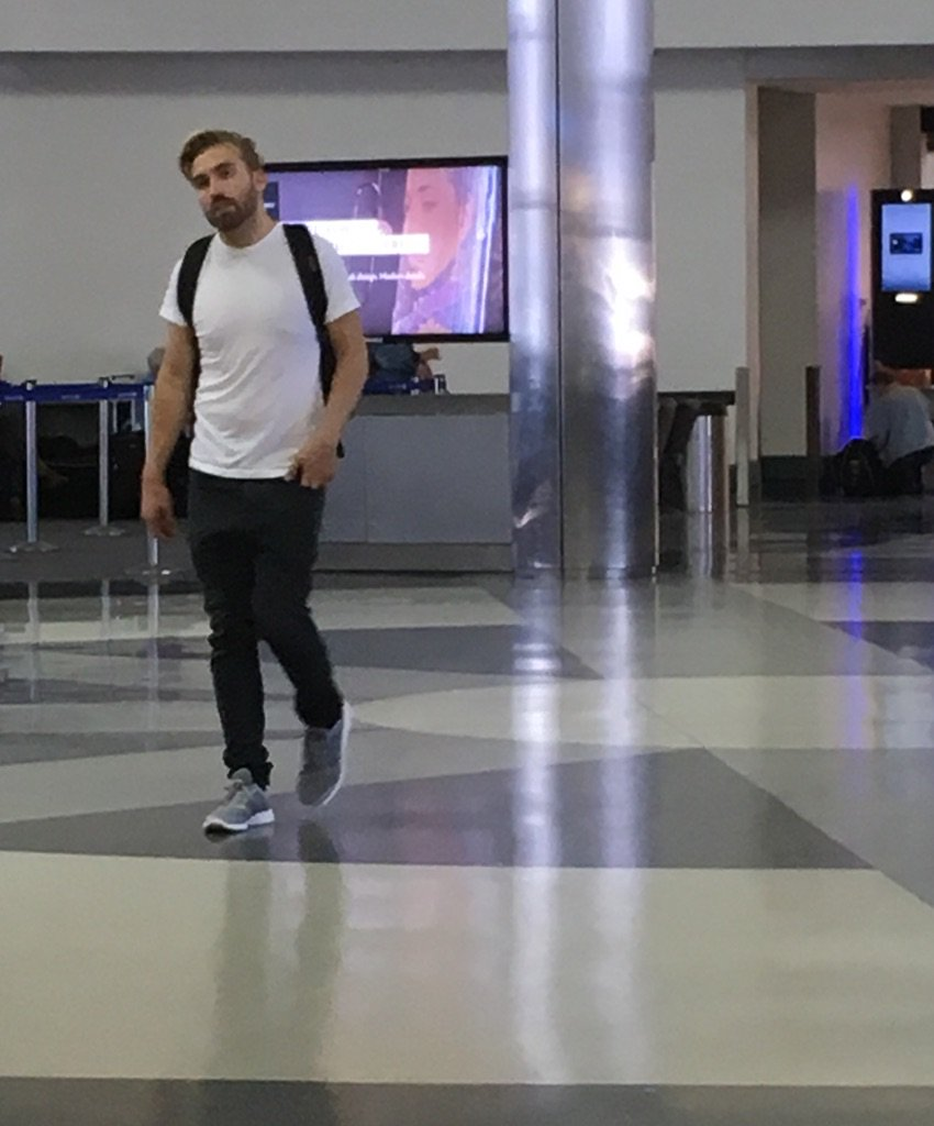 Sometimes the airport is a lonely place. Or they are filming an adult contemporary video. @MattMrX https://t.co/k06oKfGnqt