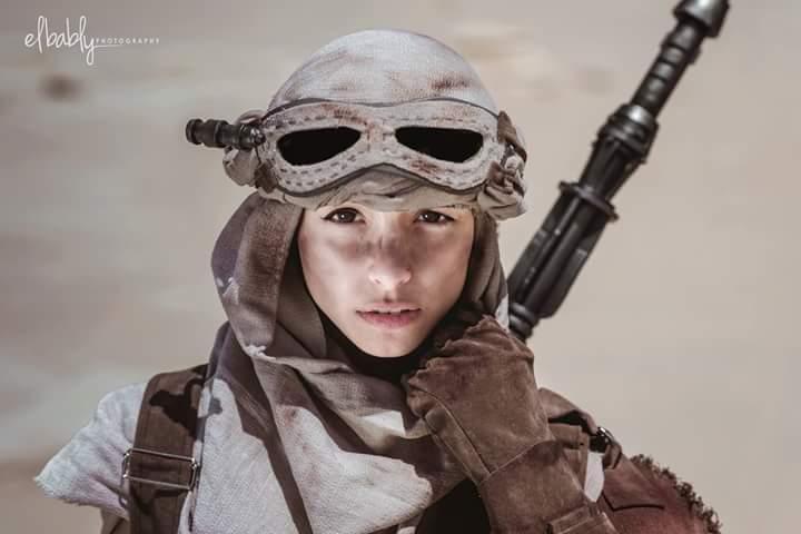 Angela Bermudez  - This is a bi twitter @AngelaBermudezA cosplay,starwars,rey