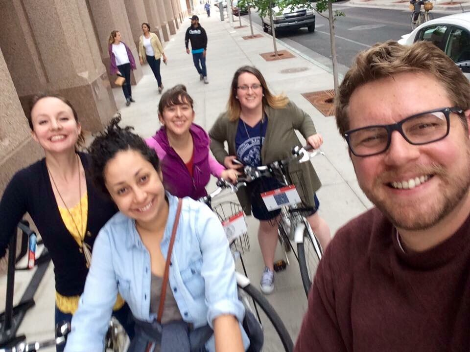 #communityschool directors #bike adventure in #Albuquerque! Starting off this #CSrising conference right! #lancbikes https://t.co/DFdxfEsOzb
