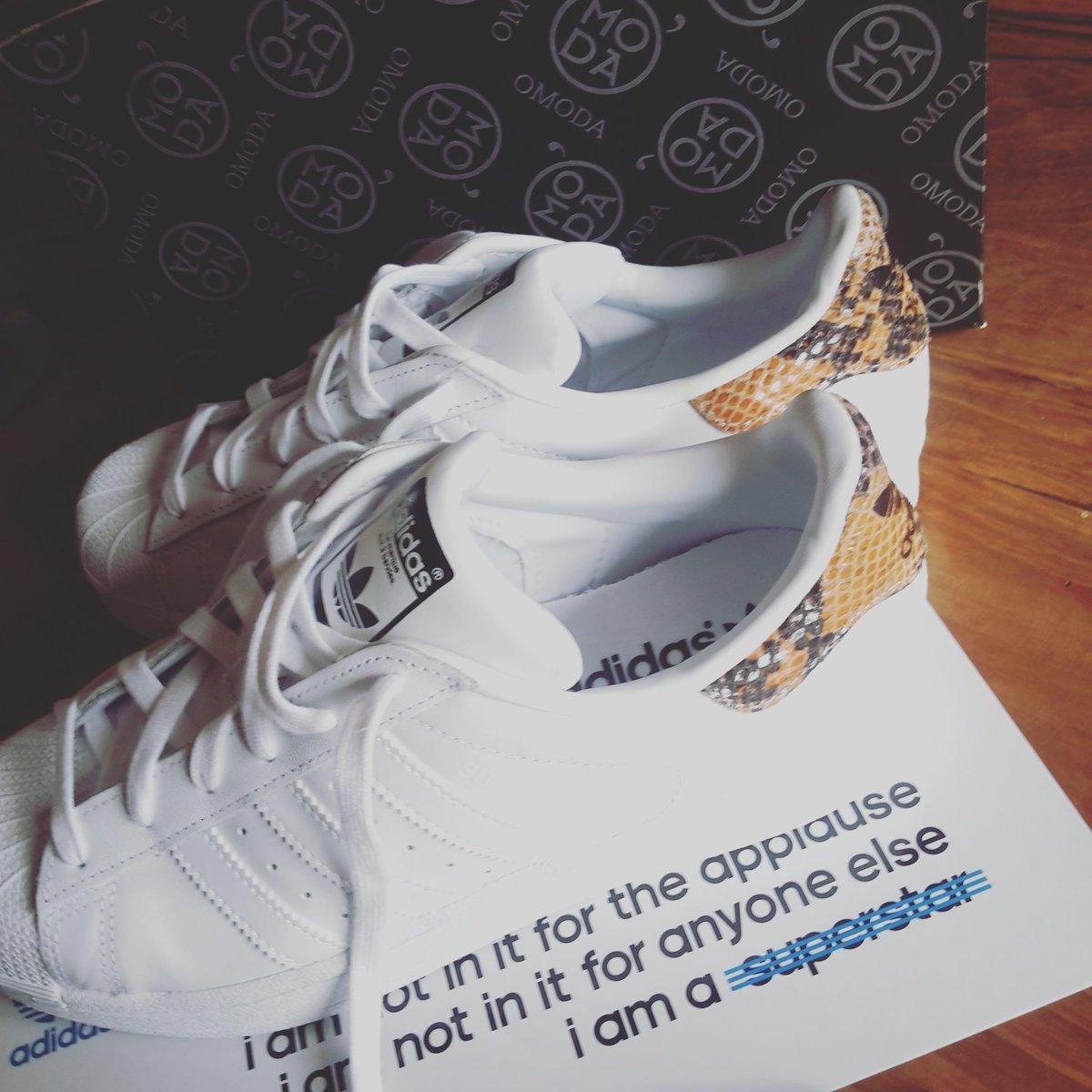 adidas superstar zwart omoda