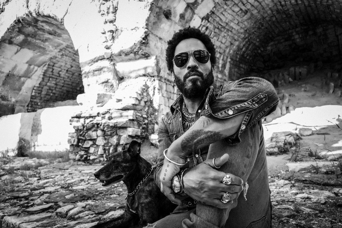 Superstar Lenny Kravitz turning his hand to interior design with first luxury condo project in NYC @RE_Weekly https://t.co/cmJIv7piDb