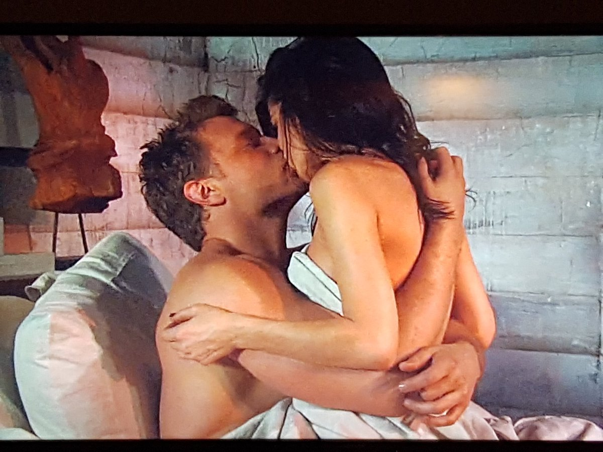 #JaSam FINALLY make love. Beautiful, just beautiful. @kellymonaco1 & #BillyMiller are simply amazing. ❤️