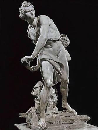 でもね、ミケランジェロ感ありますけど、ベルニーニのダビデ像が筋肉的なところは薄いんですけど、どの石膏像よりめっちゃカヴィルお兄さんに似てる気がするんですよ。これむしろカヴィルお兄さんじゃない???
