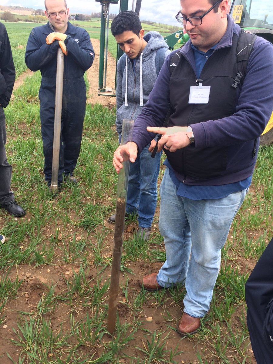#ukppn The resulting soil core from which the roots can be analysed @LarryMattYork @RootBiologyNews https://t.co/cN7e22NHrn