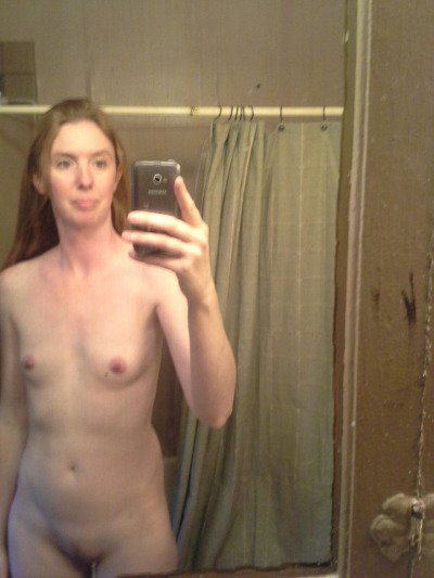 Nude Selfie 4748
