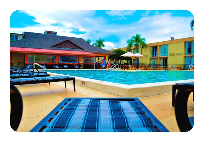 Time to relax by our pool! https://t.co/EuQrrnH7S7  #pool #swimmimng #hotels #orlando #idrive https://t.co/wii7SSxw15
