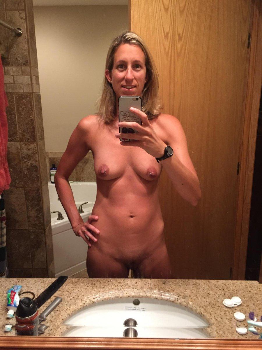Nude Selfie 4769