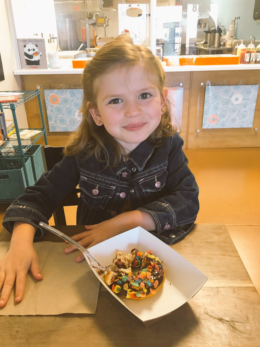 Our first visit to @ArtfulDoughnut was a BIG success. Best doughnuts I have ever had!  @ScottBroden