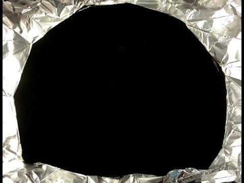スゴイ黒】地球上で最も黒い素材『ベンタブラック』のスプレー化