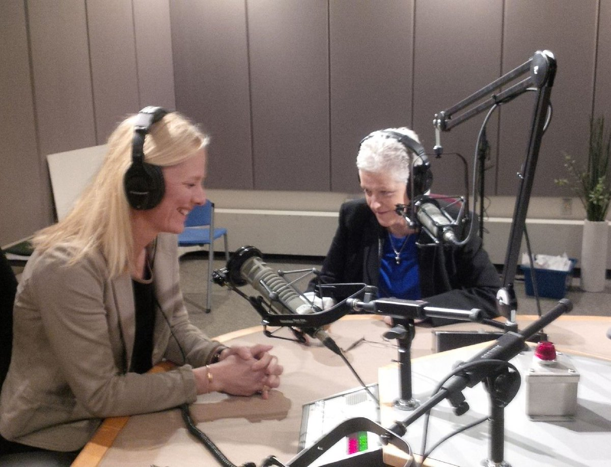Tune in NOW: @EPA's @GinaEPA & @ec_minister @cathmckenna talk #USCanada #climatechange coop on @cbcthecurrent! https://t.co/NYJrA7ock2