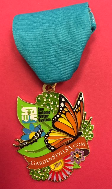 The #Fiesta2016 gods want u to win a FREE https://t.co/cRq8hJcItB #medal. Enter here: https://t.co/sNayyIabWz https://t.co/WzCitgGcbo