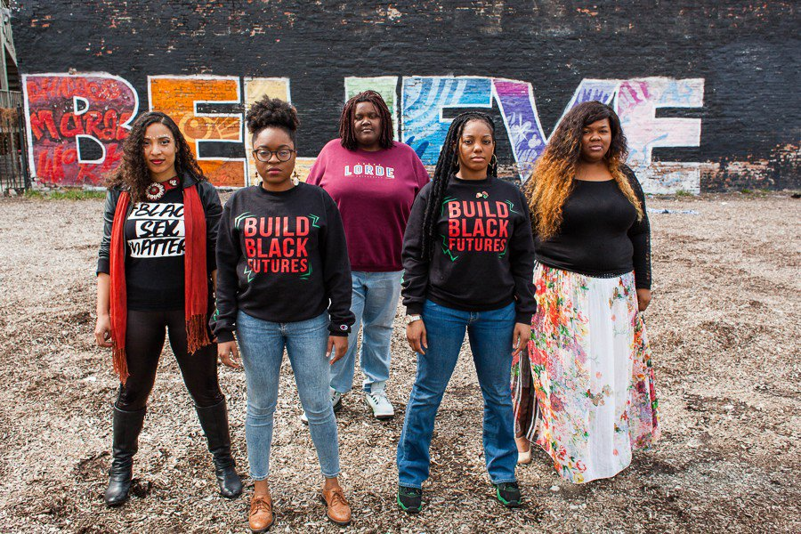 Meet five queer women shaping Chicago's #BlackLivesMatter movement.  https://t.co/C1gj73BXDu https://t.co/NfqtVnrcWR