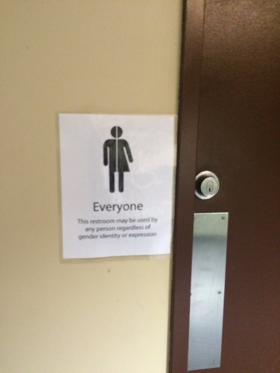 NYSUT RA in Rochester. Gender neutral restroom. #nysut #strong4genda #unionstrong @LGBTQNYSUT https://t.co/SB0AE1uj6t
